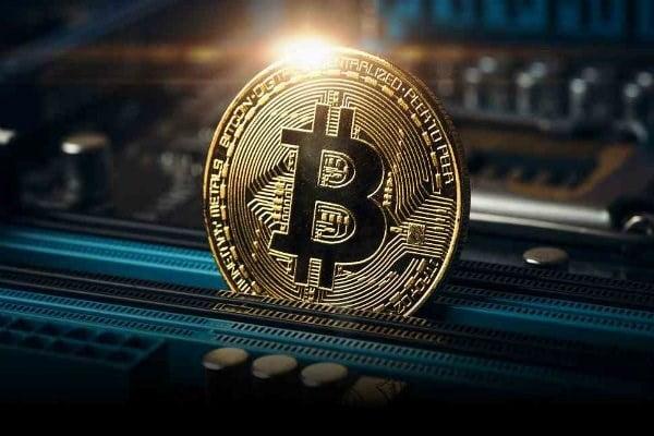 gia-bitcoin-tiep-tuc-giam-truoc-dien-bien-moi-vu-mat-cap-tien-ao-lich-su