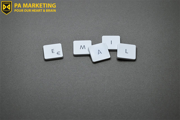 quan-tam-hon-den-bo-cuc-email-marketing