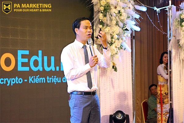 chuyen-gia-ve-digital-marketing-nguyen-phan-anh