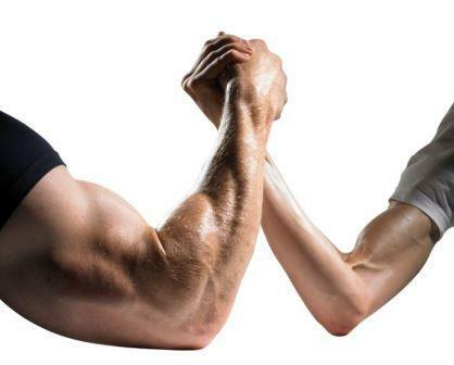 Các đối thủ cạnh tranh mạnh và yếu