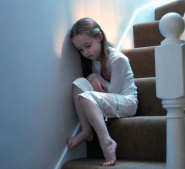 Nguyên tắc phòng tránh lạm dụng và xâm hại trẻ em dưới 2 tuổi
