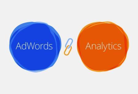 So sánh cách thống kê theo dõi chuyển đổi Website với Google Adwords và Google Analytics.
