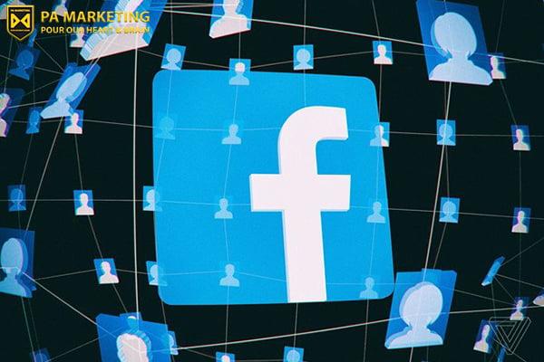 khung-hoang-truyen-thong-truc-tuyen-tren-facebook-thong-tin-truyen-di-voi-toc-do-anh-sang