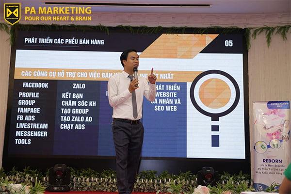 dao-tao-chuyen-sau-ve-digital-marketing